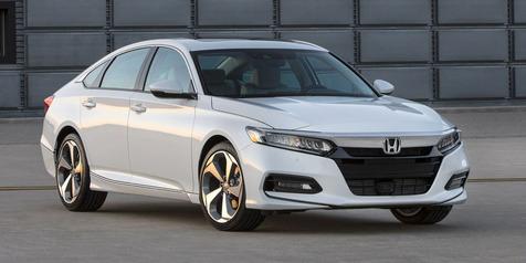 Honda-Buka-Selubung-All-New-Accord-Boyong-Mesin-Kepunyaan-Civic