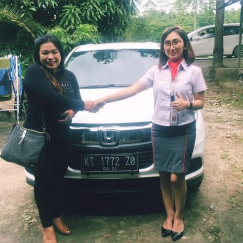sales-mobil-honda-balikpapan (2)