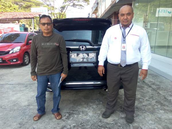 sales-mobil-honda-samarinda-3